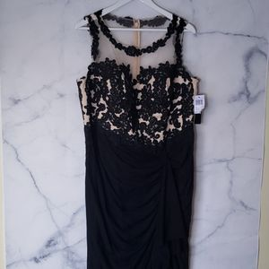 NWT - Decode 1.8 Illusion Lace Gown